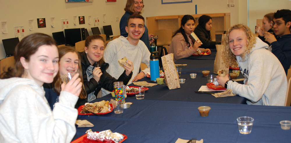 High Honors Recipients Get Chipotle